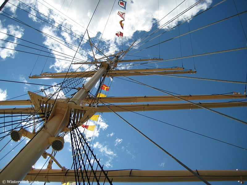Rigging of the Viking in Gothenburg